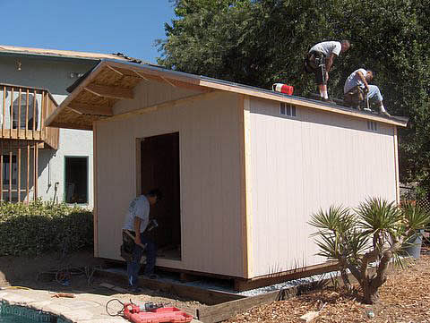 how to build a shed roof overhang